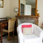 Chambre Balcon/The Balcony Room
