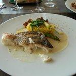 filet de st Pierre rôti sauce au beurre blanc,risotto crémeux citrons confits asperge et carotte