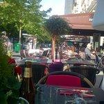 Outdoor seating, Blvd de Vaugirard