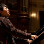Starpianist Lang Lang is a regular visitor