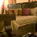Villa Oriental, KALIF room