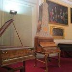 Museo de los instrumentos musicales, dentro de la Galería de la Academia