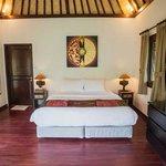 Spacious balinese bungalow