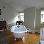 Top floor-vintage tub
