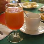 A different, freshly squeezed juice to every meal