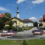 Blick Richtung Marktplatz und Pfarrkirche