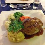 Delicious pork knuckle with mustard mash !