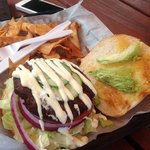 crabcake sandwich, california style with house chips