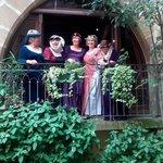 Les Belles au balcon