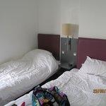 beds-twin room