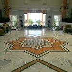 Imponente Hall