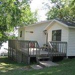 Deluxe Lakeshore Cabin
