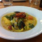 curry mit Kokosnuss und Meeresfrüchten