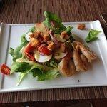 Bibb lettuce,roasted grape tomatoes, radishes and shrimp