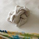 towel-sculpture