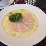 Garlic perfumed sashimi
