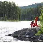 outstanding seating lake side