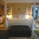 Madrona honeymoon suite