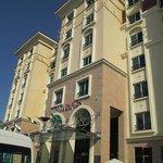 Movenpick Hotel Ground