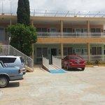 Habitaciones y estacionamiento