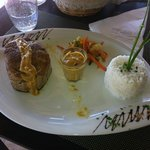 """tuna """"mi cuit"""" and rice with curry sauce"""