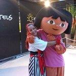 Dora & Vanesa