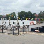 Restaurangbåten förtöjd, Strandgatan 1