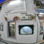 La fachada de Casa Pepe de la Judería
