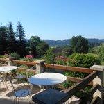 petit-déjeuner en terrasse avec vue panoramique
