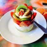 Pavlova et ses fruits frais