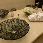 Vasques dentelles toilettes Femmes