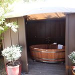 The Outdoor Tub in our room!