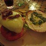 panino hamburger aperto
