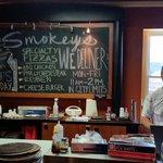 Smokey J's Deli & Pizza Foto