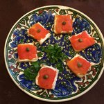 Salmon lox on bread.