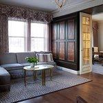 Penthouse Suite 1000 - Living Area