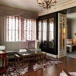 Penthouse Suite 1100 - Living Area
