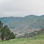 Vista de Cuzco e as montanhas circundantes