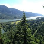 looking west in the afternoon from Beacon Rock