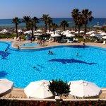 Photo of Cesars Resort Side