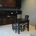 dining space in 1bedroom villa