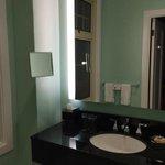 Sink/Mirror area