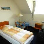 Zimmer 306 - sehr schmales Bett