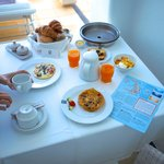 daily complimentary breakfast