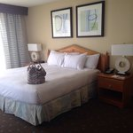 King bed. Large room