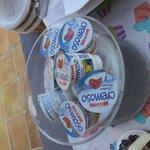 Yogures del ALDI en el desayuno