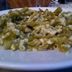 Revuelto de ajetes, segundo plato del menu por 7 €