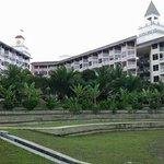 Lotus Resort 'Castle'