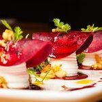 Rote Beete mit Ziegenkäse-Ricotta Creme