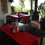 khonde (verandah) seating